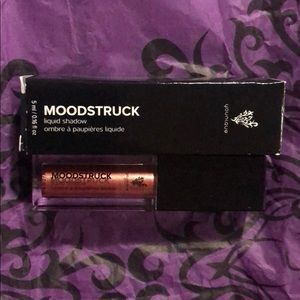 Moonstruck liquid Eyeshadow